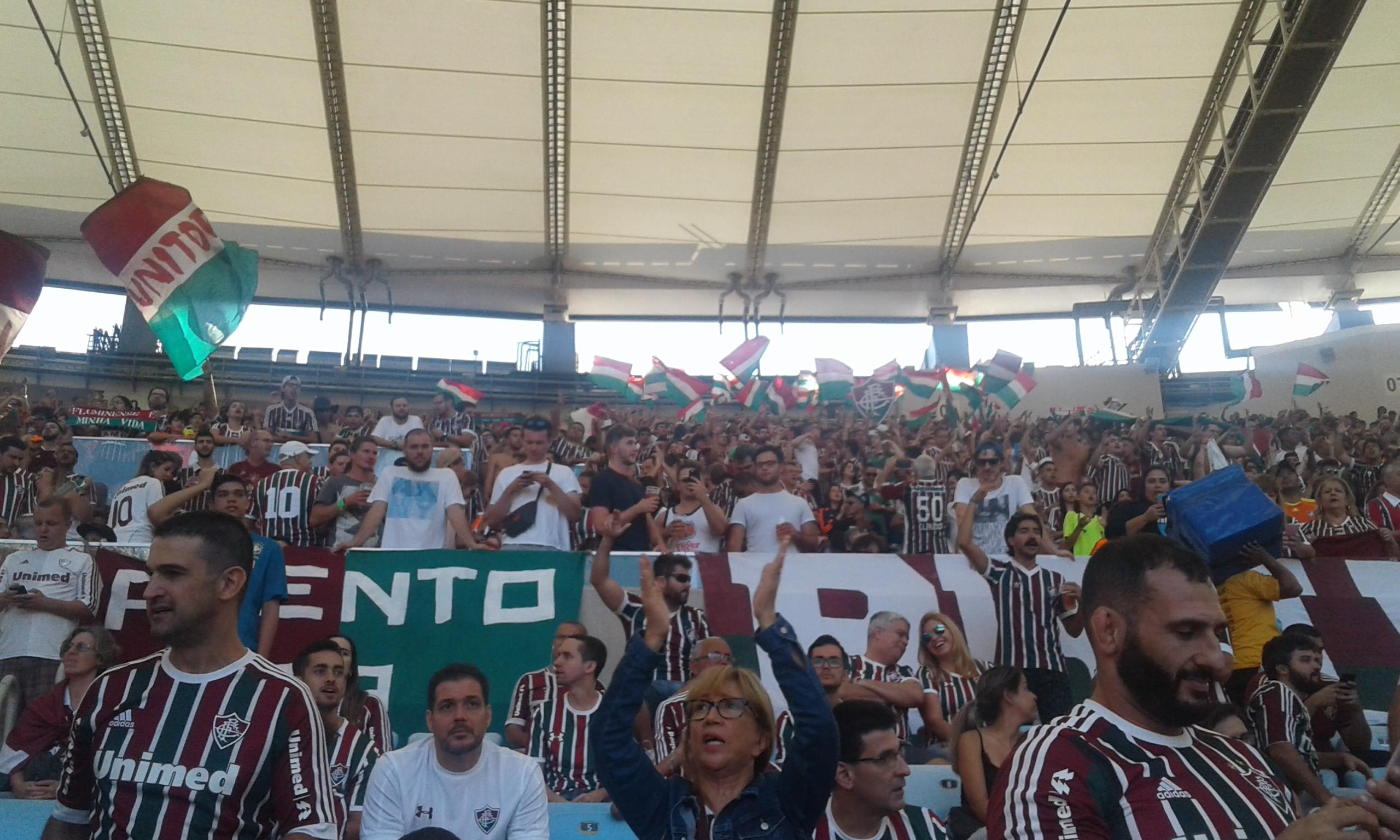 8e09ce66cc O Fluminense divulgou no fim da tarde nova parcial de venda de ingressos  para o jogo de amanhã e informou que foram vendidos até aqui 11.000  ingressos.